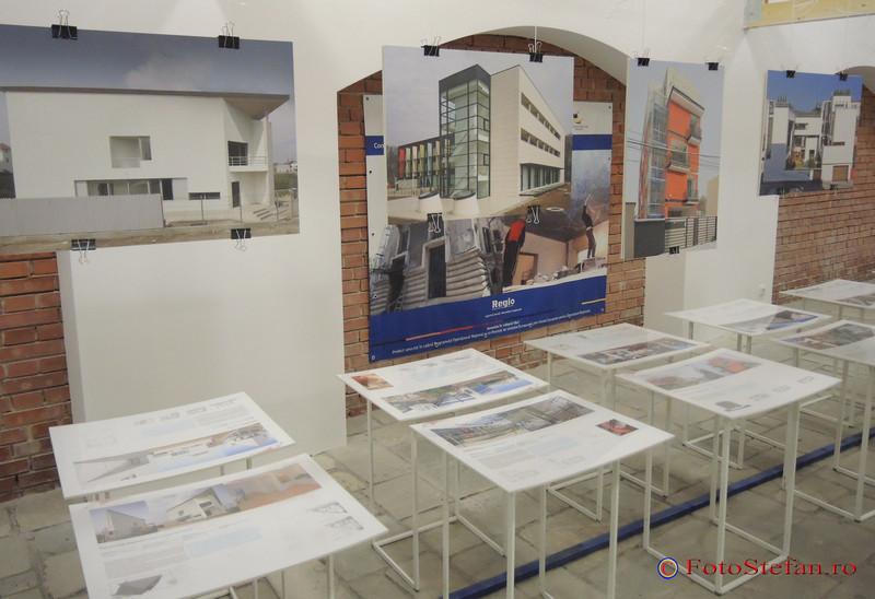 """foto vernisaj Expozitia """"Bucuresti: Capitala liniilor de fuga"""""""