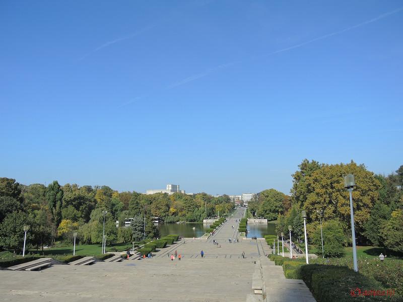 parcul carol vedere casa poporului