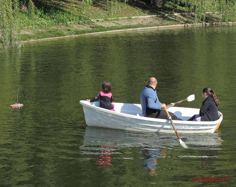 poza vapor telecomandat lac parcul carol bucuresti