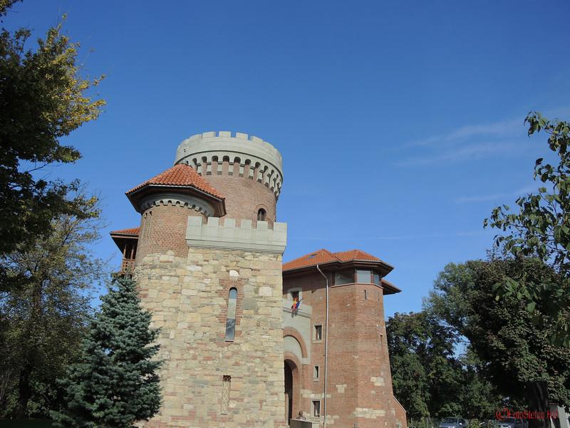 poza castelul tepes bucuresti parcul carol