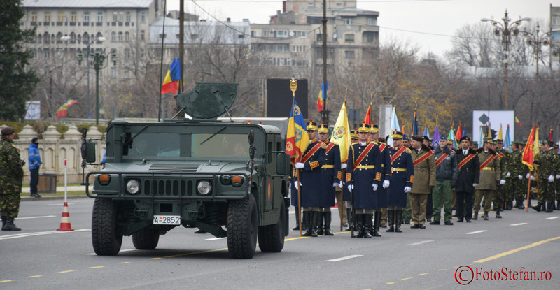 foto video repetitie generala in piata Constitutie pentru parada militara de Ziua Nationala a Romaniei