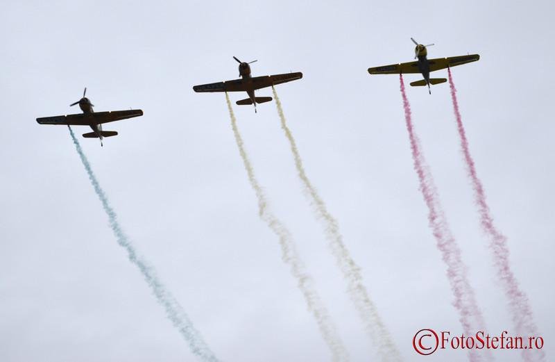 poza avioane Yakari Acrobati steagul Romaniei