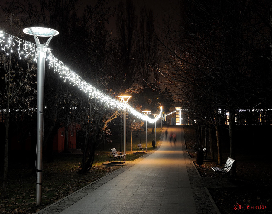 foto luminite craciun parc titan bucuresti