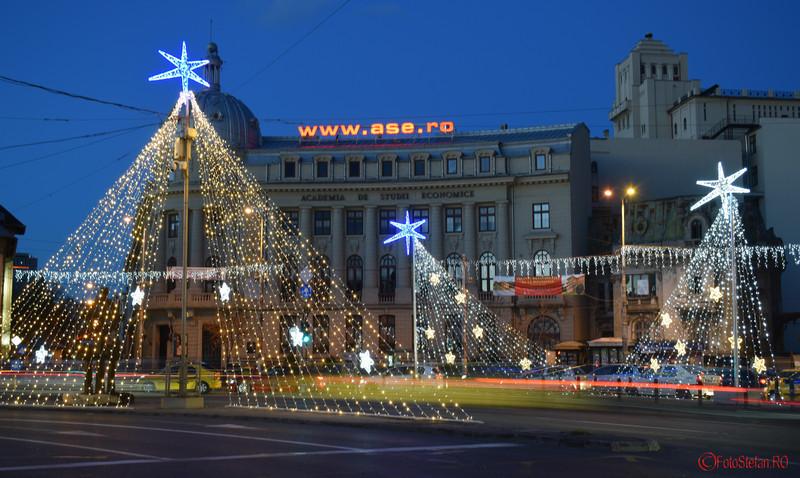 Fotografii cu luminitele de Craciun 2015 din Bucuresti piata Romana