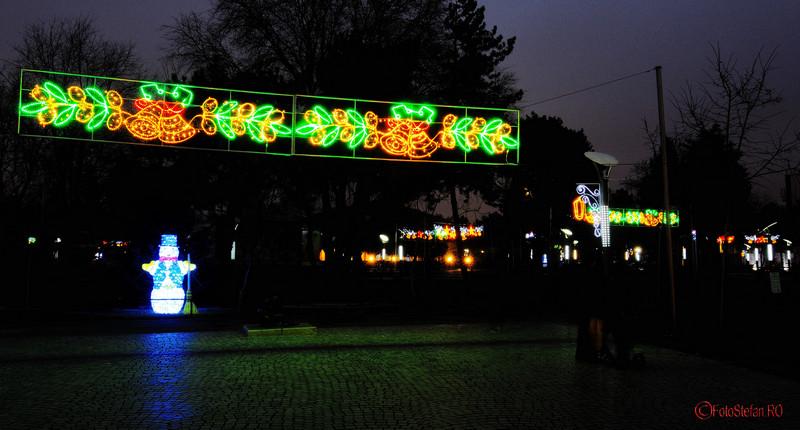 poze Luminitele de Craciun in parcul Oraselul Copiilor Bucuresti