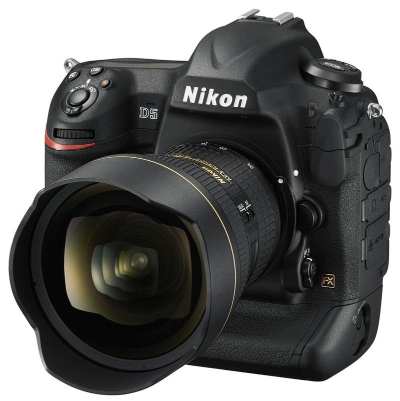 Nikon D5: 20,8Mpx, ISO 3.280.000, 14fps filmare 4K
