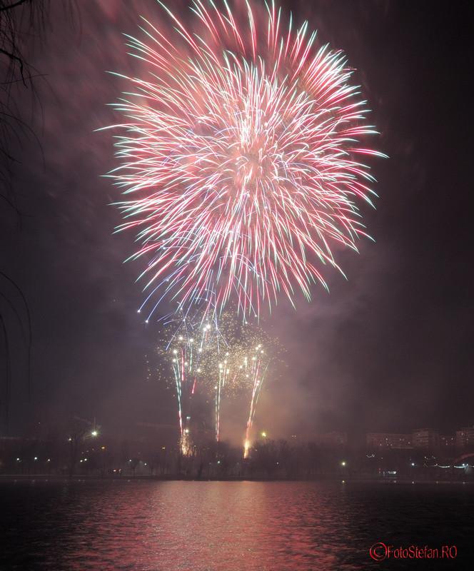 focuri de artificii revelion parc alexandru ioan cuza bucuresti cartier titan