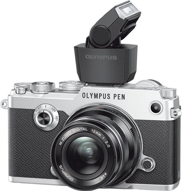 poza olympus pen-f cu blit extern FL-LM3
