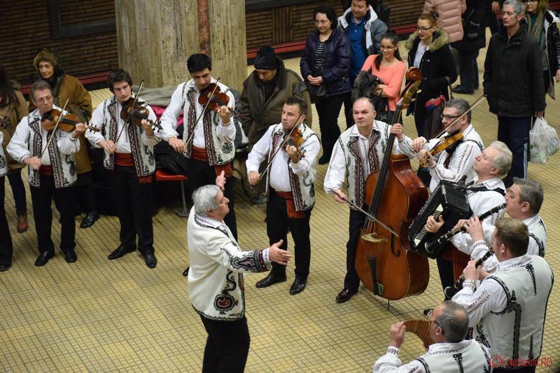 poza ziua unirii metrou bucuresti 24 ianuarie
