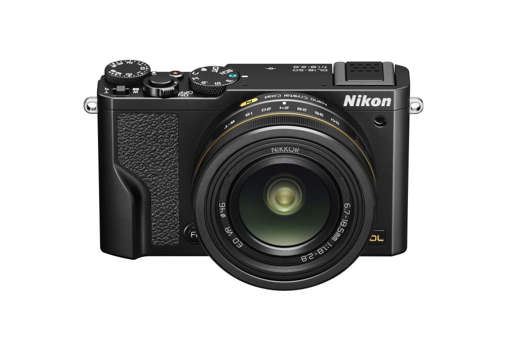 poza Nikon DL18-50 f/1.8-2.8