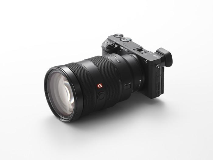 poza Sony a6300 cu obiectivul 24 - 70 f:2,8 G Master