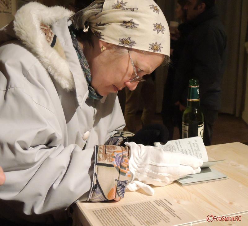 privitor expozitie Tatiana Fiodorova Când o carte devine un mesaj