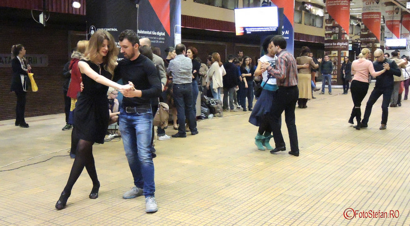 foto tango flashmob metrou unirii 1 bucuresti