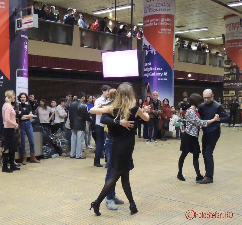 poze flashmob tango metrou unirii 1 bucuresti