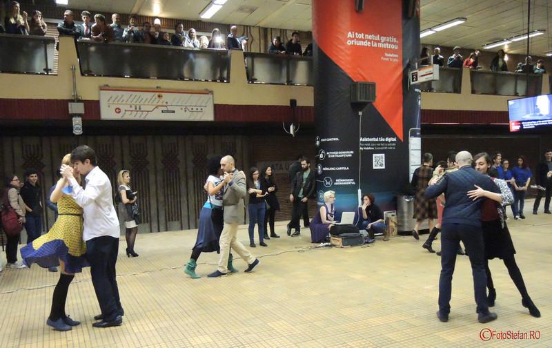 foto poze dansatori tango metrou unirii bucuresti