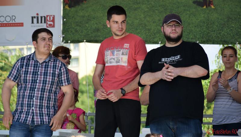 poze baieti mancatori baclavale festivalul turcesc