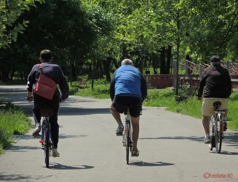poze biciclisti parcul pantelimon bucuresti