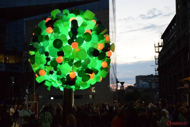 poza Hikarinoki festivalul luminii bucuresti