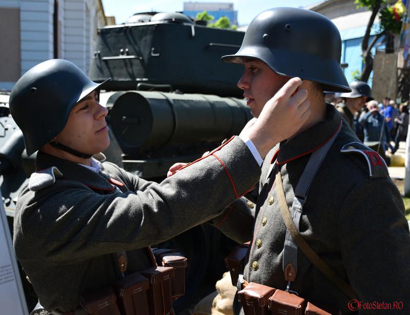 """poze soldati Zilele Muzeului Militar National """"Regele Ferdinand I"""" Bucuresti"""