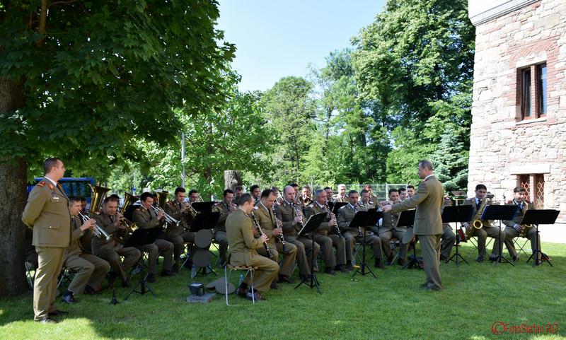 poza orchestra Muzicii Reprezentantive a Ministerului Apărării Naţionale