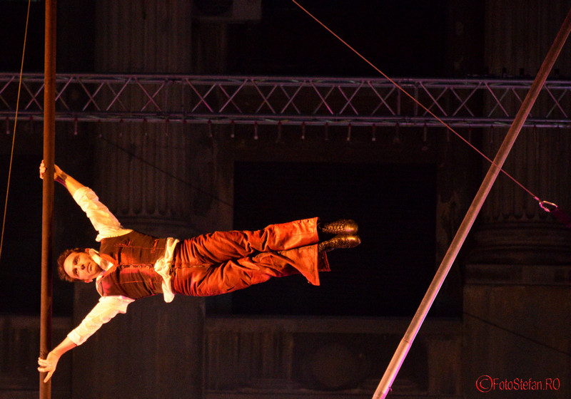 poza acrobat festival de teatru de strada bfit in the street 2016