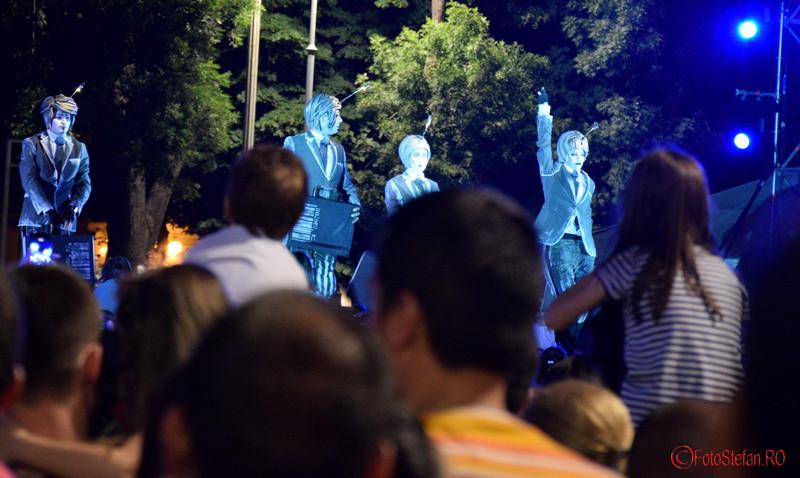 poze actori Spectacolul Globe la Festivalul International de Teatru de Strada Bucuresti