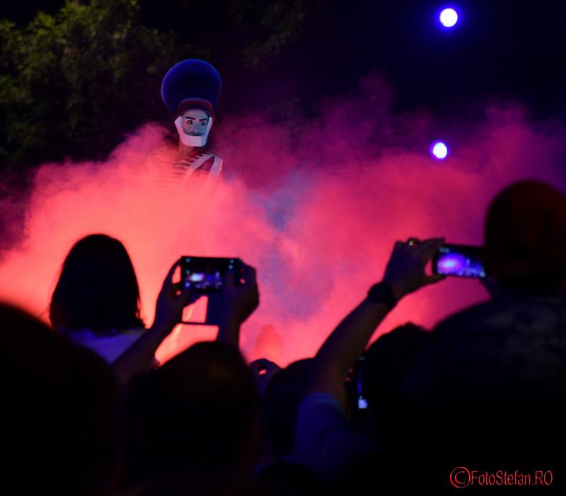 poza atmosfera Spectacolul Globe la Festivalul International de Teatru de Strada Bucuresti