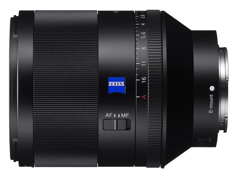 poza obiectivSony 50mm f/1.4 Carl Zeiss Planar T* ZA FE