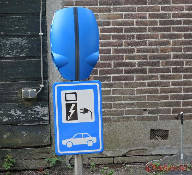 poza semn incarcare masina electrica olanda