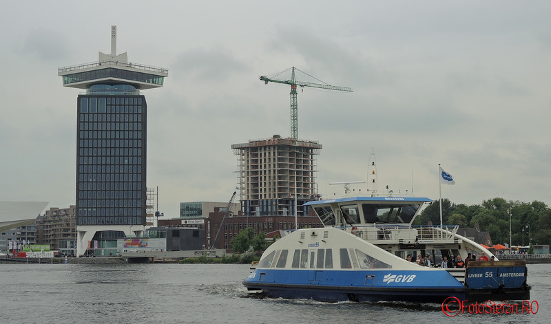 poza feribot A'DAM  riu IJ Amsterdam