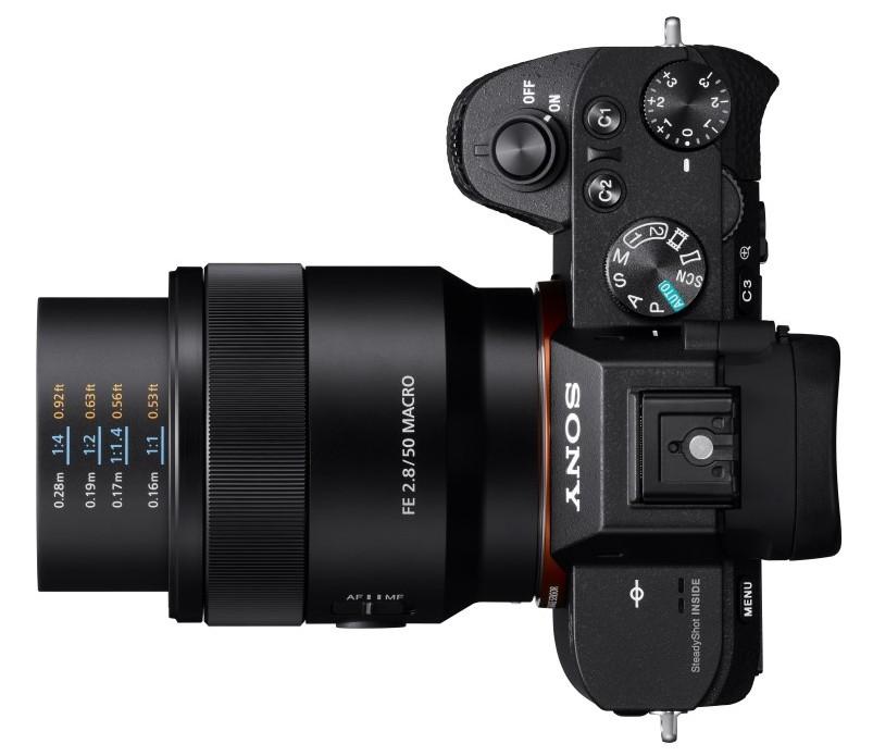 poza obiectiv Sony 50mm f/2.8 Macro 1:1 FE E-mount