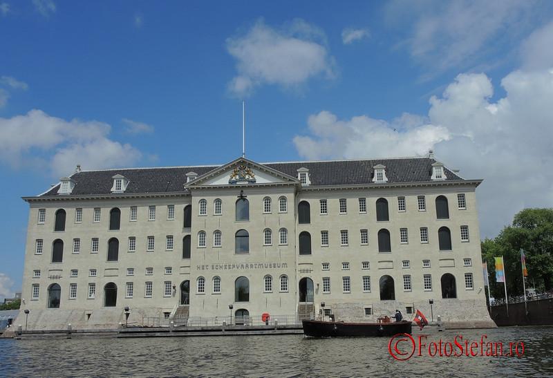 poza muzeul maritim amsterdam Scheepvaartmuseum