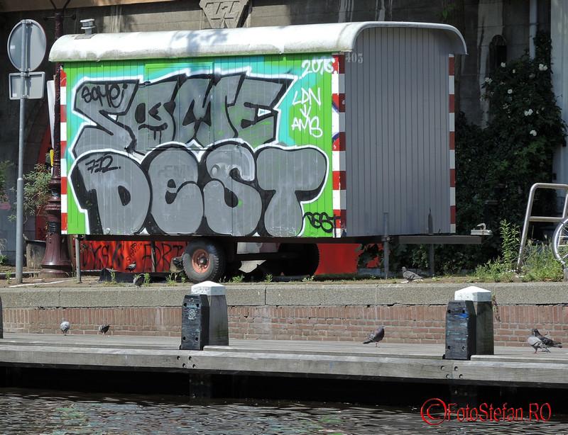 poza graffiti amsterdam canal