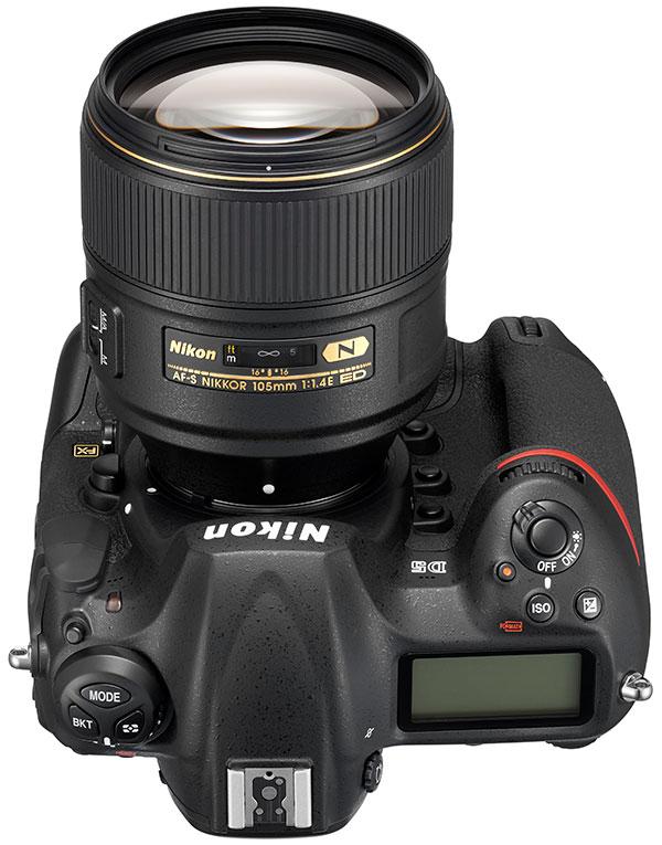 poza AF-S NIKKOR 105mm f/1.4E ED Nikon D5