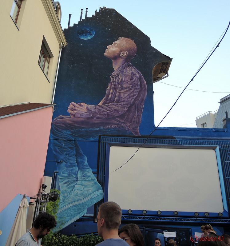 poza graffiti gradina cu filme creart bucuresti