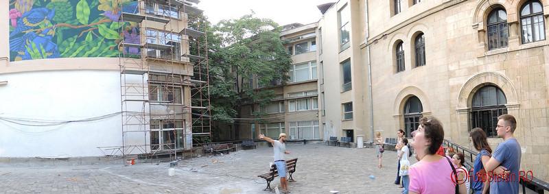 poza panoramica curtea universitatii de arhitectura