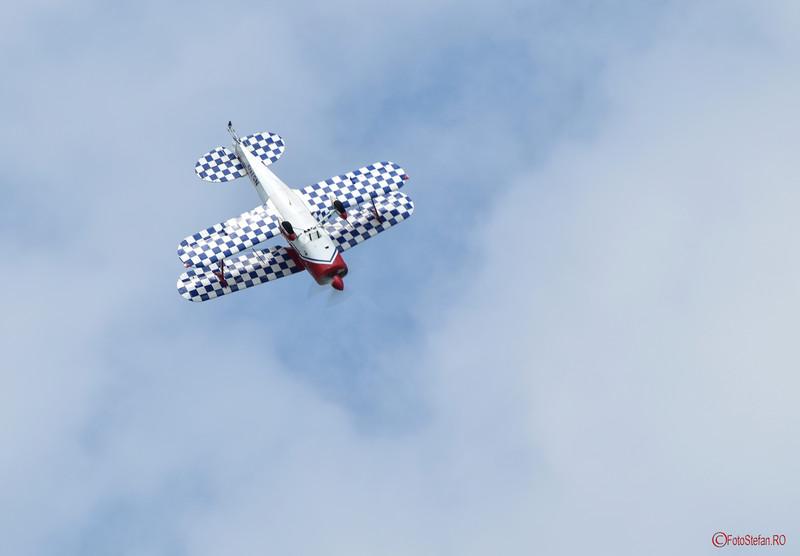 poza acrobatie aeriana avion Skeen Skybolt