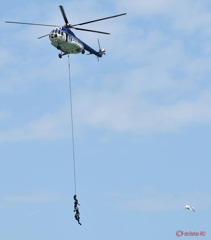 poza elicopter jandarmi romani aeronautic show