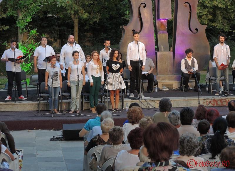 """Spectacolul Mizerabilii dupa romanul lui Victor Hugo """"Les Miserables"""", in cadrul Simfoniilor de Vara, parcul Coltea Bucuresti 2016"""