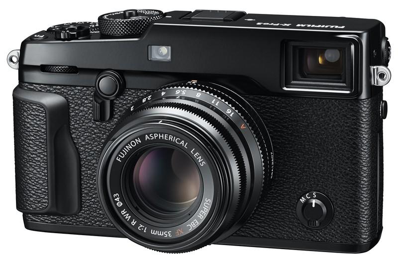 poza aparat foto mirrorless Fujifilm X-Pro2