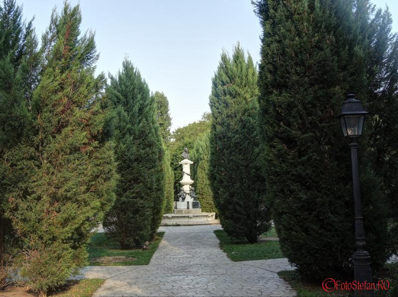poza alee parc Luigi Cazzavillan Bucuresti