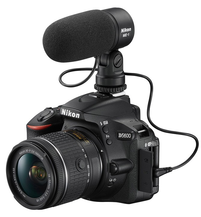 poza dslr nikon d5600 microfon me-1