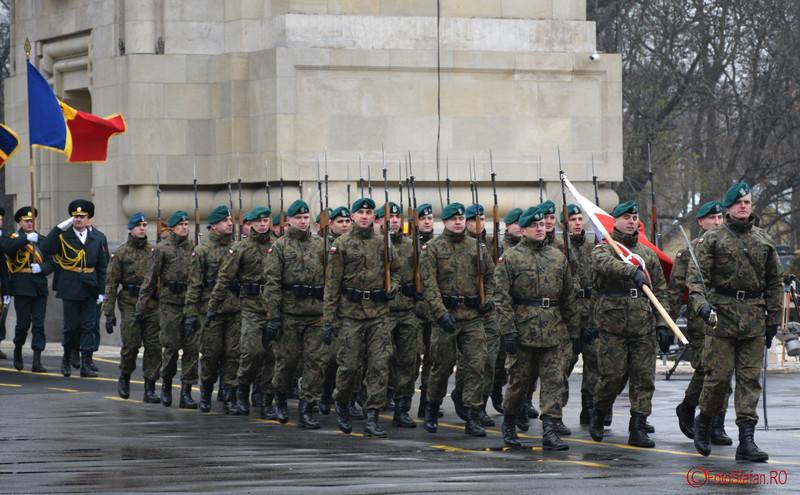 foto Repetitii pentru parada de Ziua Nationala din Bucuresti