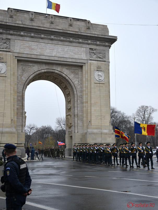 poze Repetitii pentru parada de Ziua Nationala din Bucuresti arcul de triumf