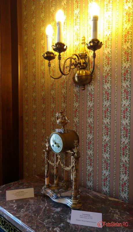 poza ceas pendula muzeul cotroceni bucuresti romania