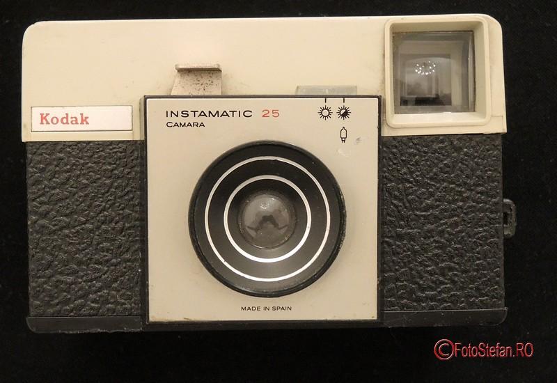 poza aparat foto kodak instamatic 25