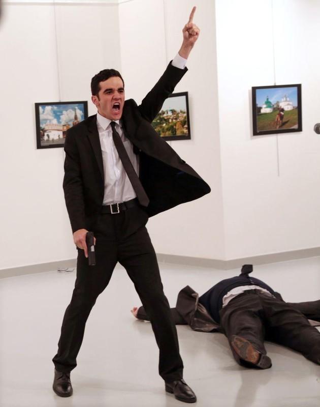 Burhan Ozbilici premiat world press photo concurs