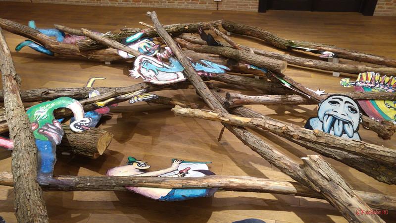 poze Expozitia Contagiune de Dumitru Gorzo la Arcub