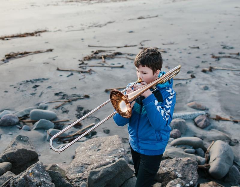Kevin Faingnaert winner zeiss photography award baiat trompeta