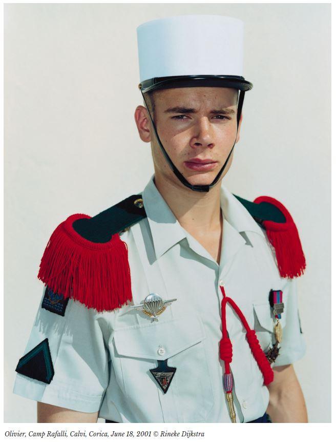 poza soldat legiunea straina uniforma